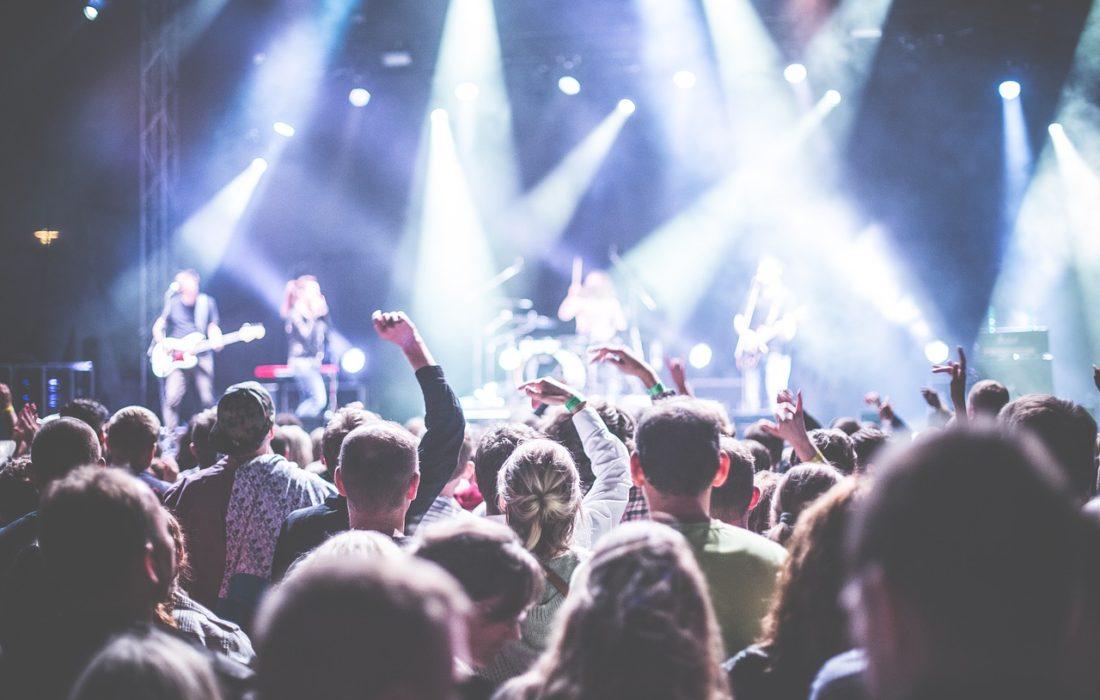 Na jaké festivyla, koncery a akce vyrazit v létě 2018?