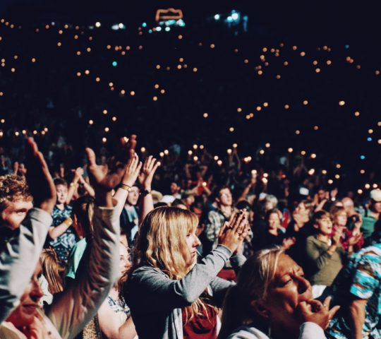 10 tipů jak se obléci na koncert.