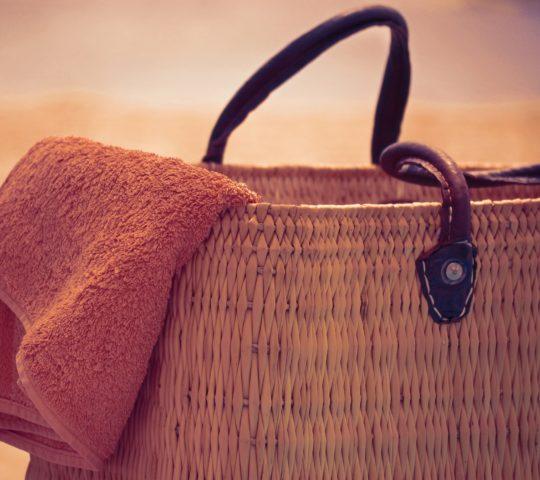 Jakou vybrat tašku na pláž?