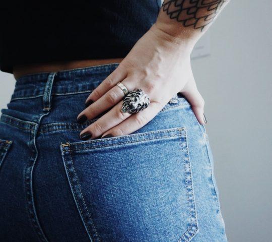 Jak vznikly džíny? Historie riflí.